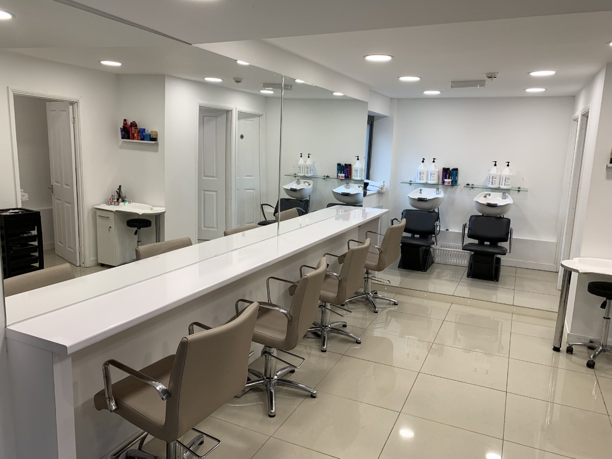 Diamond Hair - Salon 2
